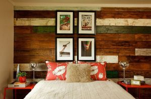 Beach-style-bedroom-with-a-lovely-accent-wall